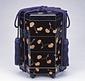 黒漆塗葵紋蒔絵貝桶型重箱