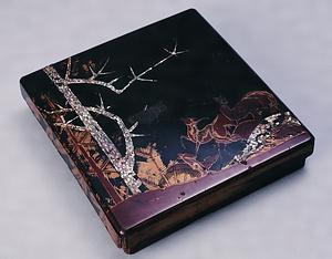 黒漆塗松ニ鹿青貝蒔絵硯箱 くろうるしぬりまつにしかあおがいまきえすずりばこ