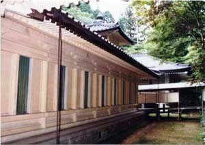 高野山霊宝館南廊及西廊 こうやさんれいほうかんみなみろうおよびにしろう