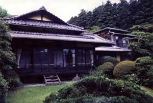 三井翠松園(旧三井高達別荘)本館 みついすいしょうえん(きゅうみついたかみちべっそう)ほんかん